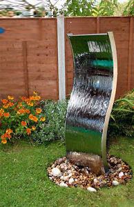 garden aluminum water wall White Rock