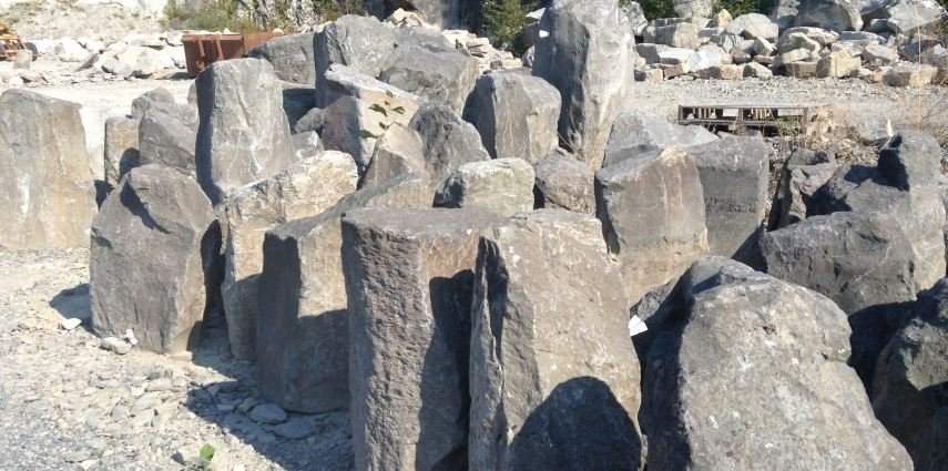 Rock Gurglers, Basalt Rock Columns, And Boulders